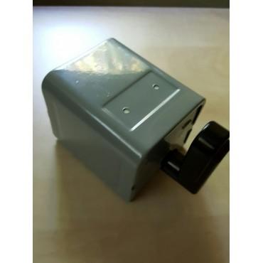 links / rechts schakelaar voor 230 volt elektromotor